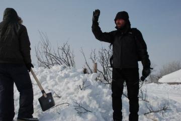 Alex Dima, alaturi de oamenii izolati de nameti