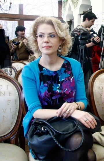 Raluca Moianu a refuzat oferte importante de dragul parintilor