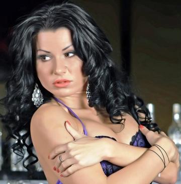Roxana Marinescu nu exclude o relatie cu un partener de acelasi sex