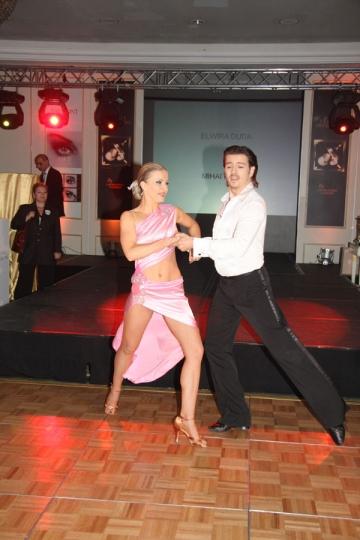 Mihai Petre si Elwira, un cuplu perfect atat in ringul de dans, cat si acasa