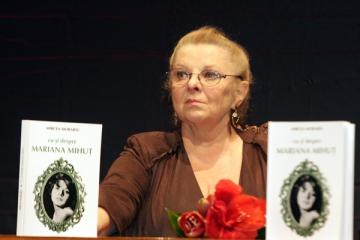 """Mariana Mihut: """"Un premiu UNITER este o recunoastere a calitatii muncii mele"""""""