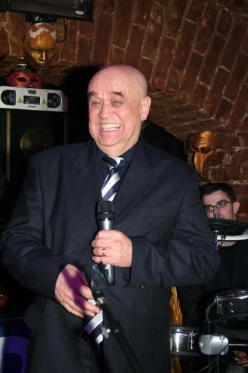 Benone Sinulescu pune muzica populara pe primul plan