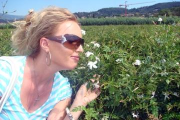 Iulia Preda a urmat celebrele cursuri de parfumerie de la Grasse