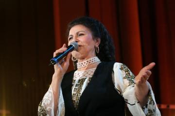 Irina Loghin a fost internata la spitalul Militar