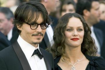 Johnny Depp si Vanessa Paradis s-au despartit din vina actorului