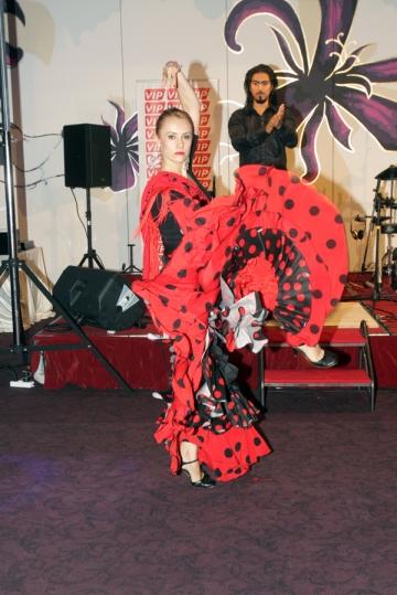 Oana Ionita a revenit in ringul de dans special pentru Gala Premiilor VIP