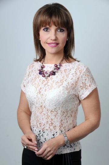 Marina Almasan se gandeste sa scrie o carte despre viata ei