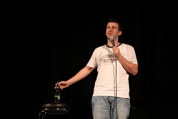 """Radu Isac: """"Reteta succesului tine de fiecare comediant in parte"""""""