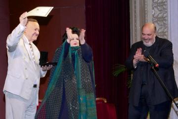"Nicolae Herlea a primit din partea Marianei Nicolesco ""Medalia Darclee"""