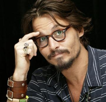 "Johnny Depp isi pazeste averea cu un nou rol in ""Piratii din Caraibe"""