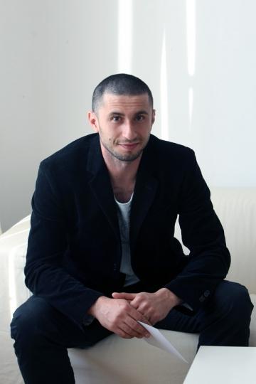 """Dragos Bucur: """"UNATC este una dintre cele mai bune din Europa"""""""