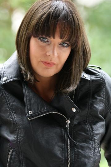Manuela Harabor vrea desfiintarea institutiei teatrale