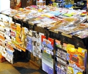 ReVIsta Presei: Premii si anunturi suprinzatoare in luna cadourilor