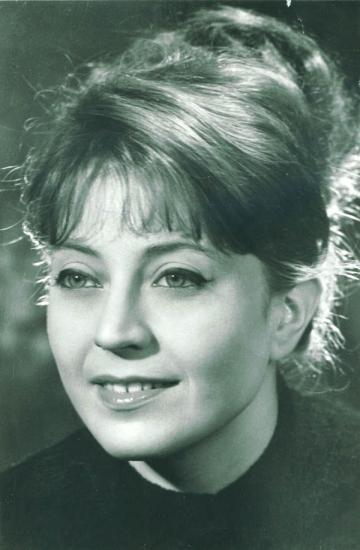 Gina Patrichi: o actrita ca o metafora, ca un fior, ca o iubire