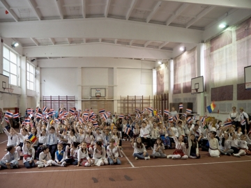 Copiii romani promoveaza Thailanda