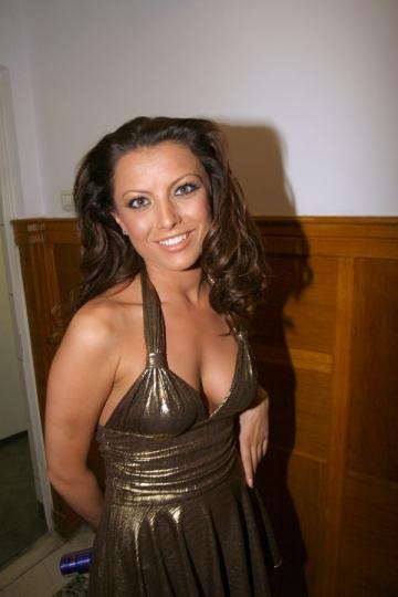 Elena Gheorghe va incerca si rolul de VJ